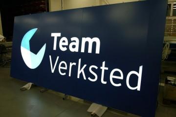 Valguskastid profiil L1 - Team Verksted sisselõigatud logoga valguskast 4
