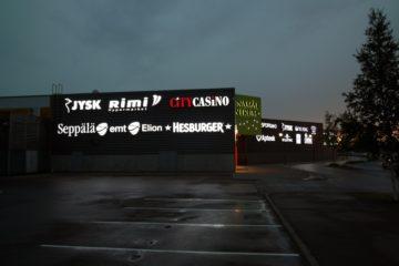 valgustahed-profiil-5-lasnamae-centrumi-fassaadil-olevad-ettevalgustuvad-logod-ja-tahed-8