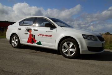 Digitrükk - Firma LHV Liising sõiduautode kiletamine trükitud kleebistega