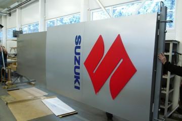 Reklaampostid - Suzuki suur reklaamtorn 17