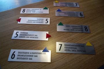 Reklaamsildid - Eesti Rahvusraamatukogu graveeritud infosildid 8