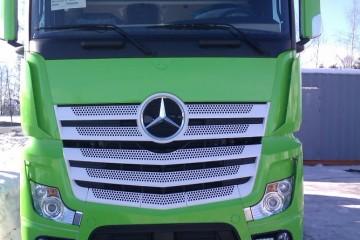 Sõidukite ülekiletamine - Kabiini ülekleepimine roheliseks 2